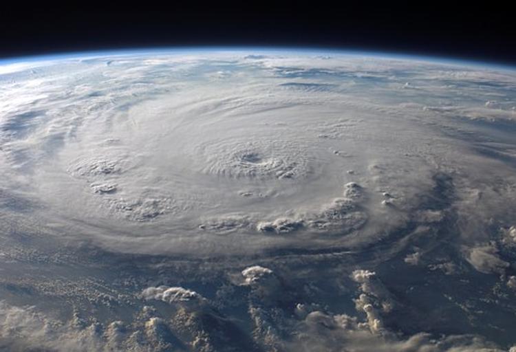 С курортов Кубы из-за урагана эвакуировали российских туристов