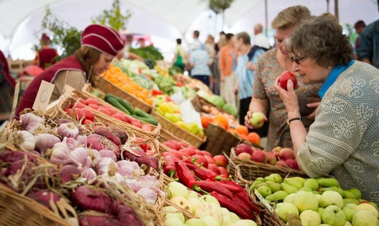 Кабмин упростил фермерам доступ на рынки