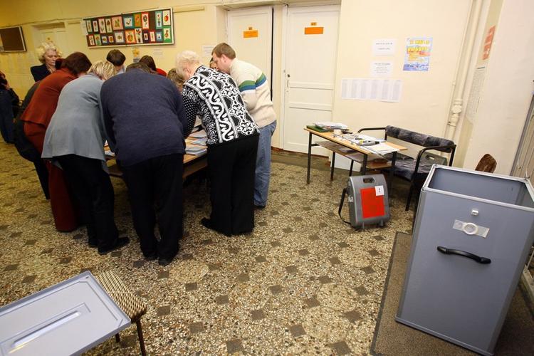 В Москве кандидат в депутаты искусал членов избирательной комиссии