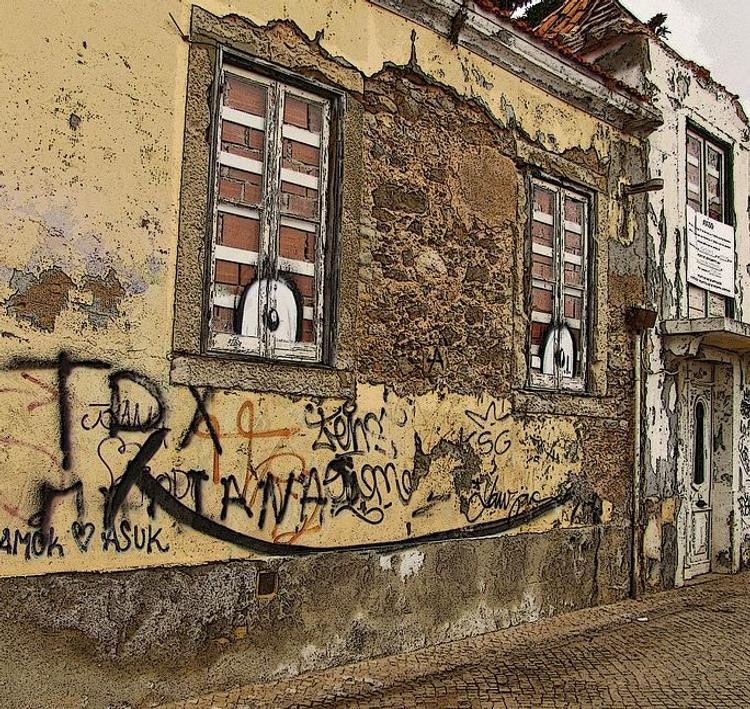 В Госдуме хотят освободить жильцов ветхих домов от взносов на капремонт