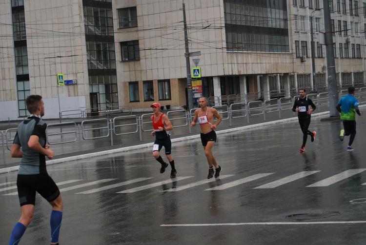 Первым на дистанции Челябинского марафона стал спортсмен из Израиля