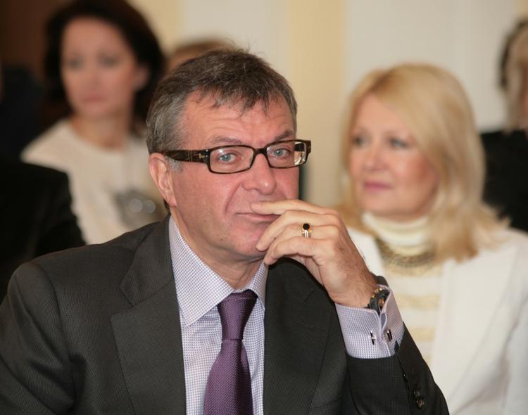Андрей Ургант заступился за сына в конфликте с Соловьевым
