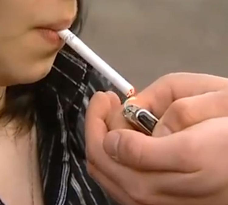 Цены на сигареты в России предлагают поднять до европейского уровня