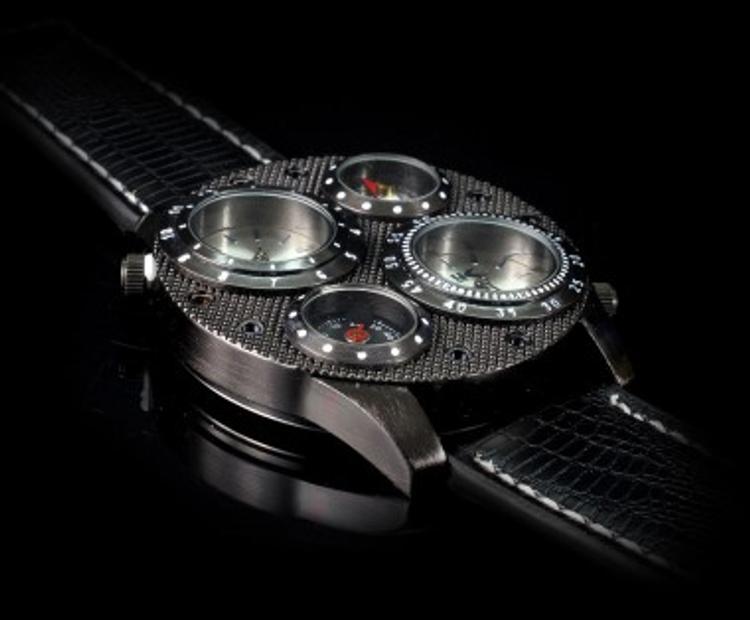 В доме у замглавы ФСИН обнаружена коллекция элитных часов и большая сумма денег
