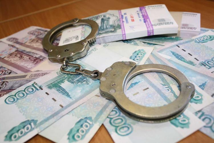 Бывший директор-взяточник чебаркульского МУП предстанет перед судом