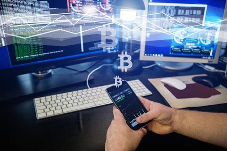 Основы блокчейна и криптовалют введут в программы российских вузов