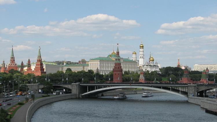 Жителей Москвы предупреждают о серьезном усилении ветра