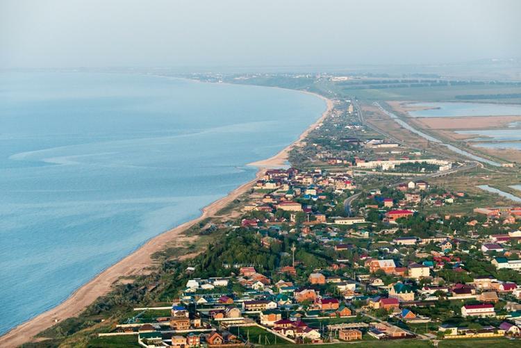 Соцсети высмеяли власти Украины за решение углубить Азовское море