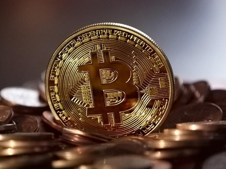 Греф прокомментировал заявления о скором крахе криптовалют