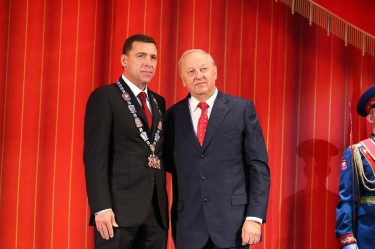 Евгений Куйвашев официально вступил в должность свердловского губернатора