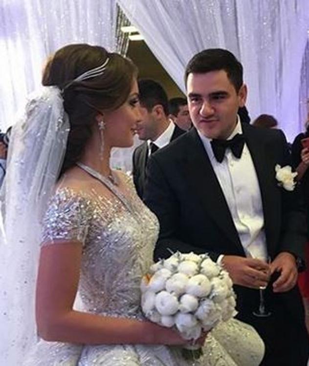 СМИ подсчитали расходы миллиардера Карапетяна на роскошную свадьбу сына (ВИДЕО)
