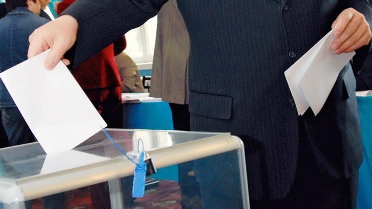 На перевыборах в поселке Роза избирателей массово подвозили к участкам