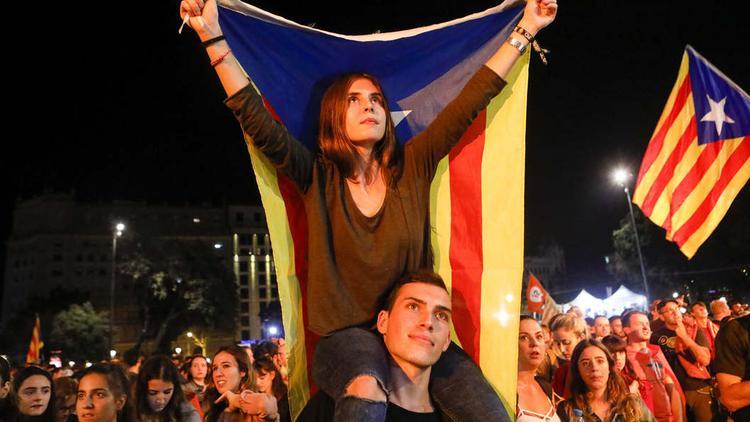 Глава Каталонии огласил сроки объявления независимости