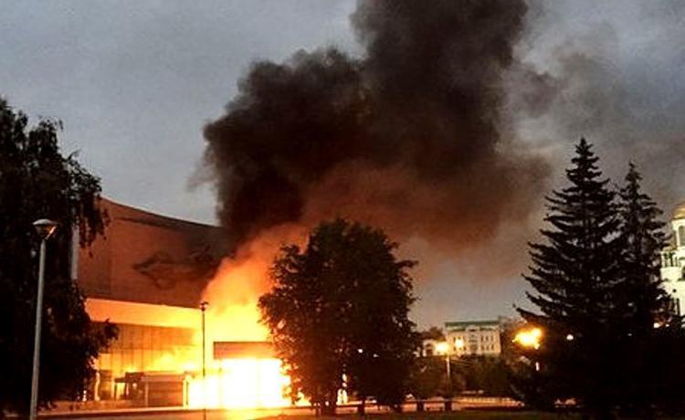 Поджигатель екатеринбургского кинотеатра должен будет заплатить более 20 млн