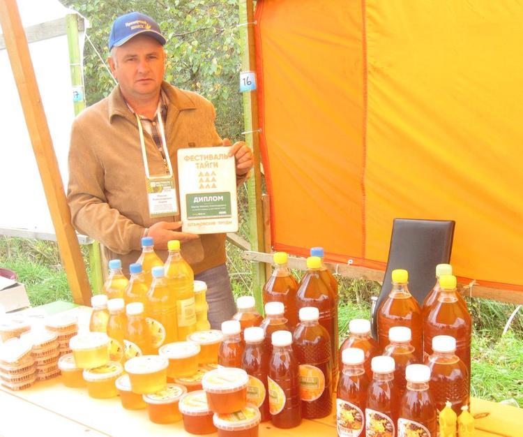 Уникальный диморфантный мёд производят учёные в Приморье