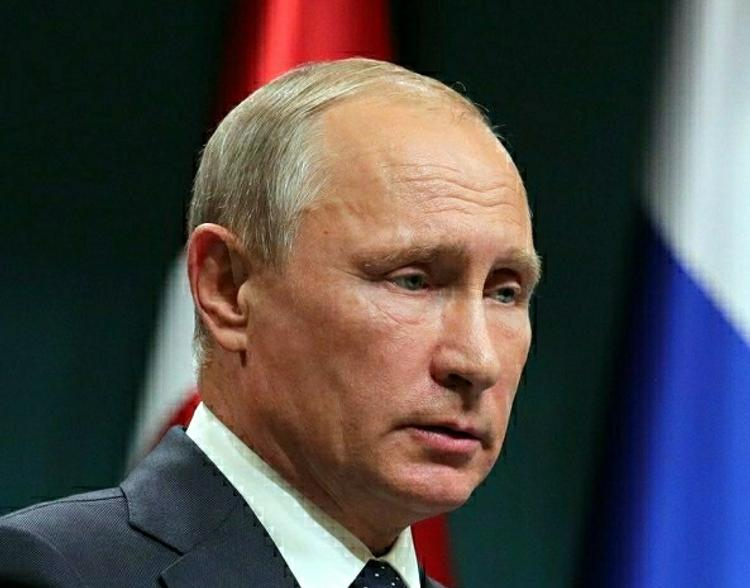Песков: Путин является сторонником реанимации отношений России и США