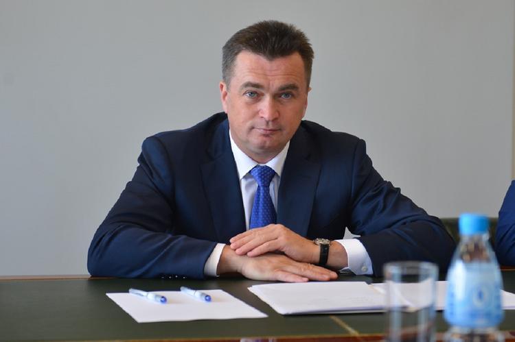 Путин освободил от должности губернатора Приморья