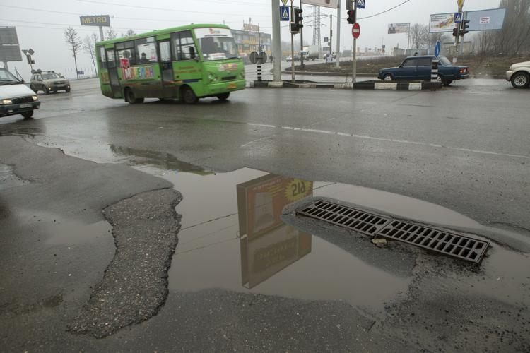 В Коломенском районе Подмосковья перевернулся автобус с пассажирами