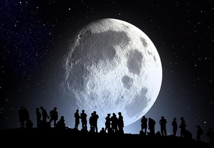 Ученые пытаются раскрыть тайну прыгающих лунных валунов