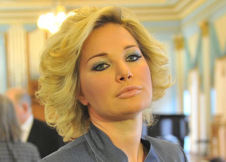 Мария Максакова объяснила, почему не забирает у бывшего мужа сына и дочь