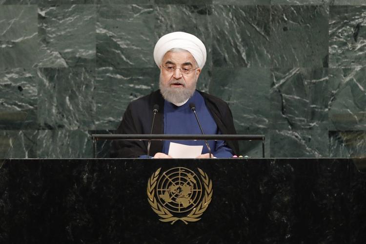 Президент Ирана пообещал «достойный ответ» на давление со стороны США