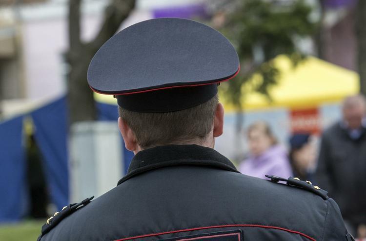 Из московской гимназии из-за сообщения о бомбе эвакуировали 250 человек