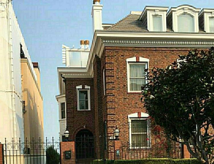 США нарушили право, самостоятельно вернув РФ архив консульства в Сан-Франциско