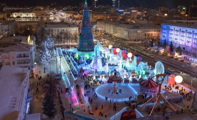 Определены эскизы Ледового городка в Екатеринбурге