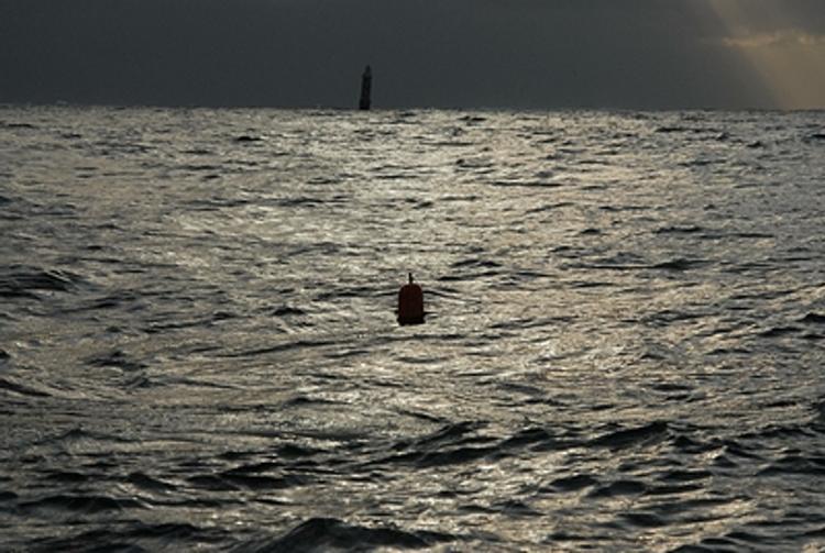 Челябинские спасатели ищут пропавших рыбаков на Аргазинском водохранилище