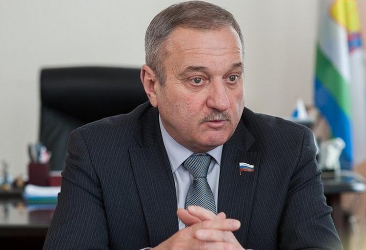 Председатель заксобрания Кировской области поздравил кировчан