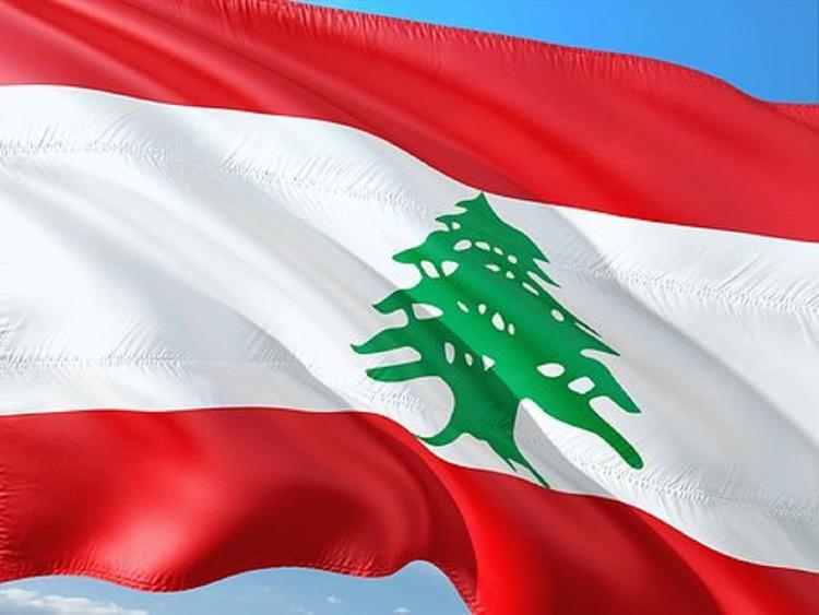 Премьер-министр Ливана подал в отставку из соображений безопасности