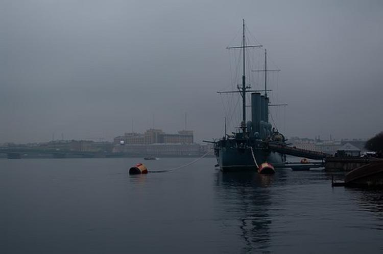 """СМИ сообщили об усилении охраны крейсера """"Аврора"""" военной полицией"""