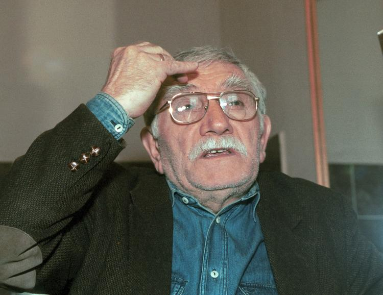 Названа астрономическая сумма, пропавшая из театра Армена Джигарханяна