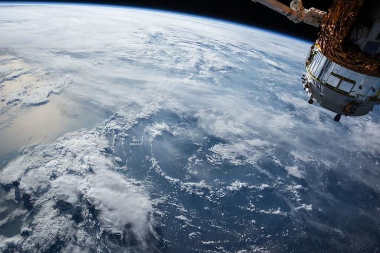 Стало известно, когда российские космонавты снова выйдут в открытый космос