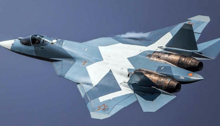 Истребитель пятого поколения Су-57 совершил первый полет с двигателем 2-го этапа