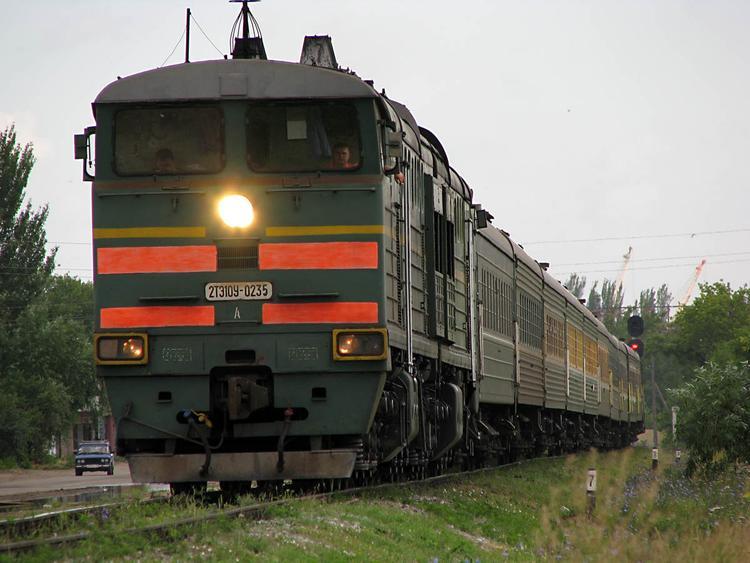 """Поезд """"Санкт-Петербург-Мурманск"""" изменил расписание ради школьницы"""