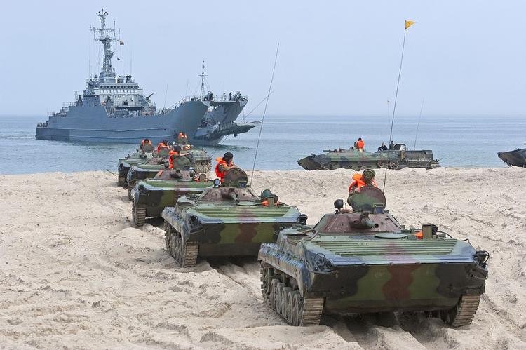Россия начнет разработку колесного танка в ближайшее время