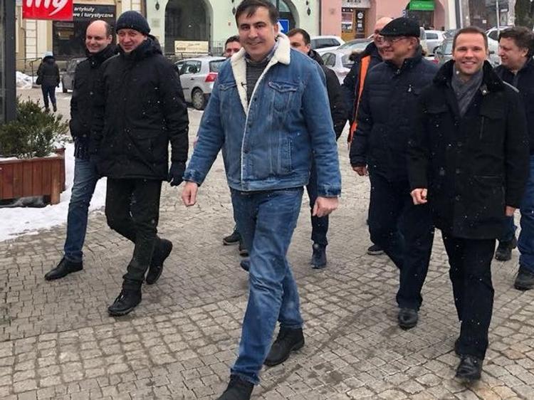 Саакашвили призвал своих сторонников скорее взять власть в Грузии