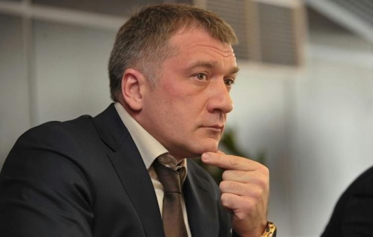 Киберуслуги депутата Петрова!