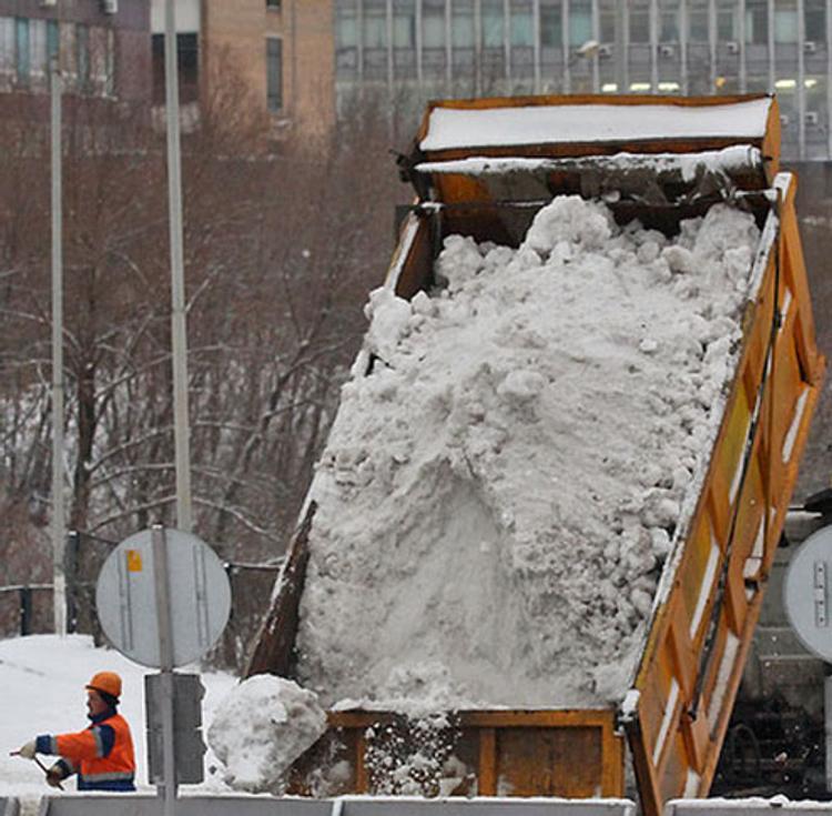 В Москве убрали миллион кубометров снега за день