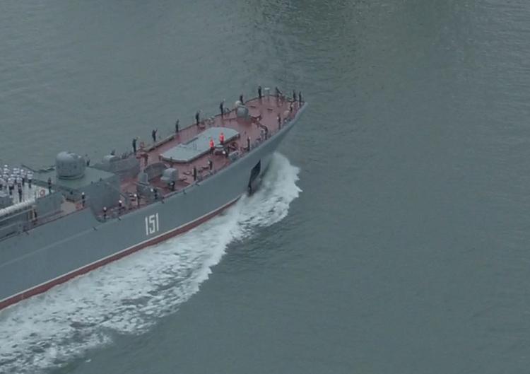 Два российских судна столкнулись в Керченском проливе