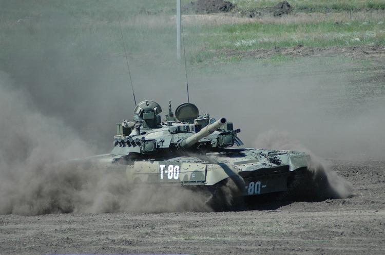 Эксперт назвал преимущества нового российского колесного танка