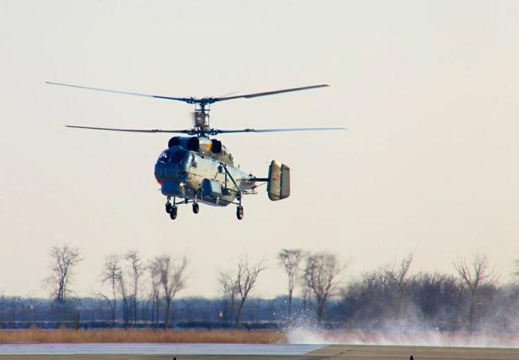 Вдоль линии соприкосновения летают боевые вертолеты Украины, сообщается о взрыве