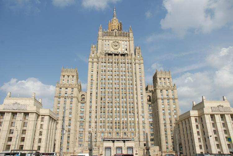 Источник в МИД: новых санкций CША в отношении России пока не будет