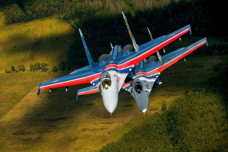 Выложены кадры ударов авиации России по наступающей в Сирии «Аль-Каиде»