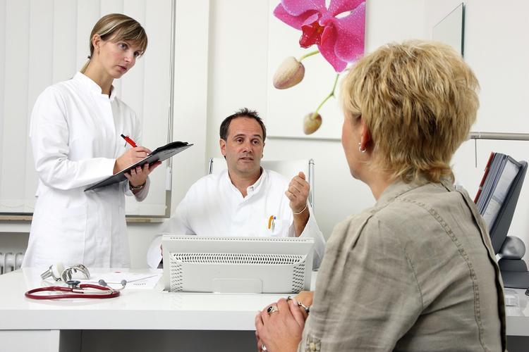 Верные симптомы надвигающегося инсульта озвучили медики
