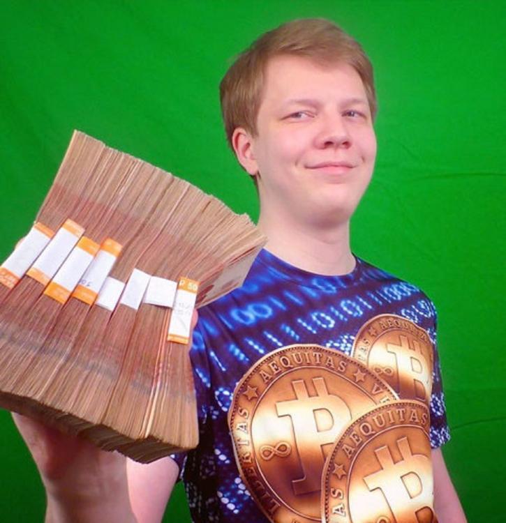 Известного блогера-миллионера нашли мертвым в Петербурге