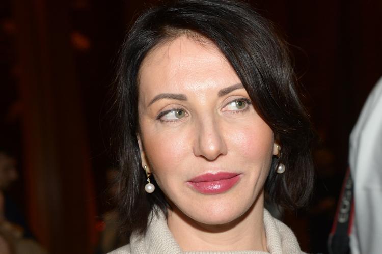Алика Смехова в бикини напросилась на комплименты