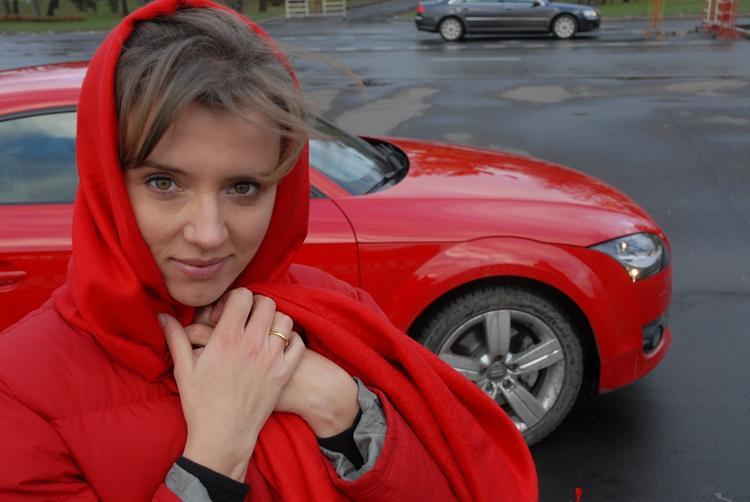 Ксения Алферова опубликовала фото себя на пляже