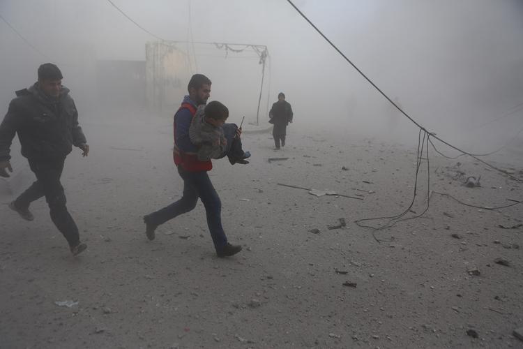 Из Дамаска массово выводят боевиков с семьями